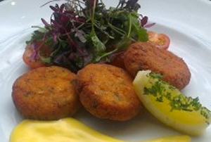 Mussel Inn Fishcakes With a Lime and Saffron Mayonnaise