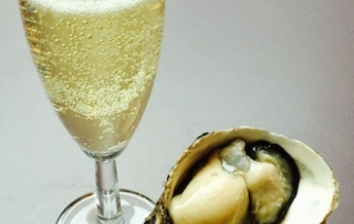Champagne and Oyster Offer for Valentine's Day 2016