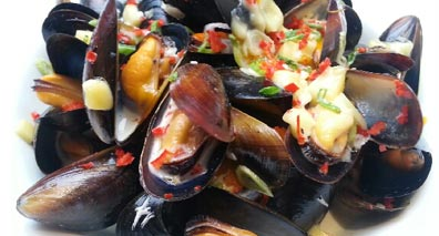 Mussel Inn seafood restaurant Edinburgh Mussels smoked cheese
