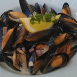 Steamed West Coast Mussels with Blue Cheese and Bacon